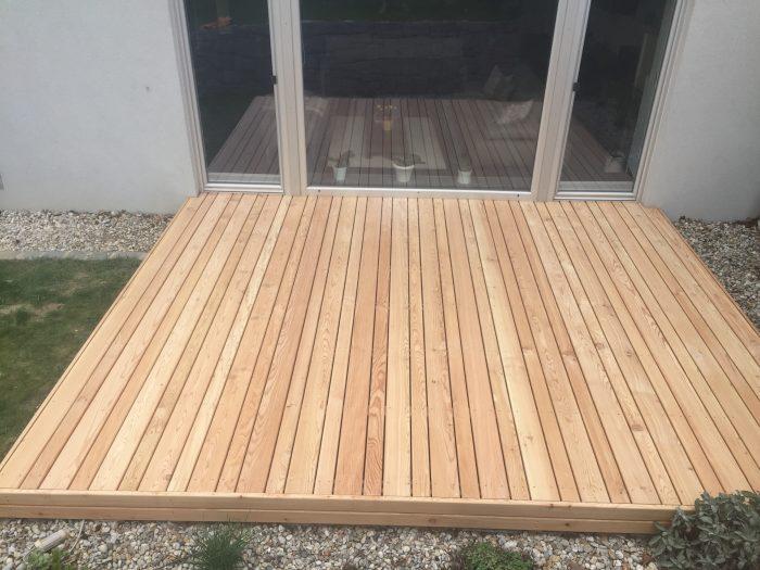 Holzterrasse mit Lärchenholz von Aigner Holz